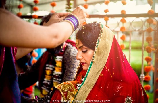 Hindu wedding West Midlands wedding photographer