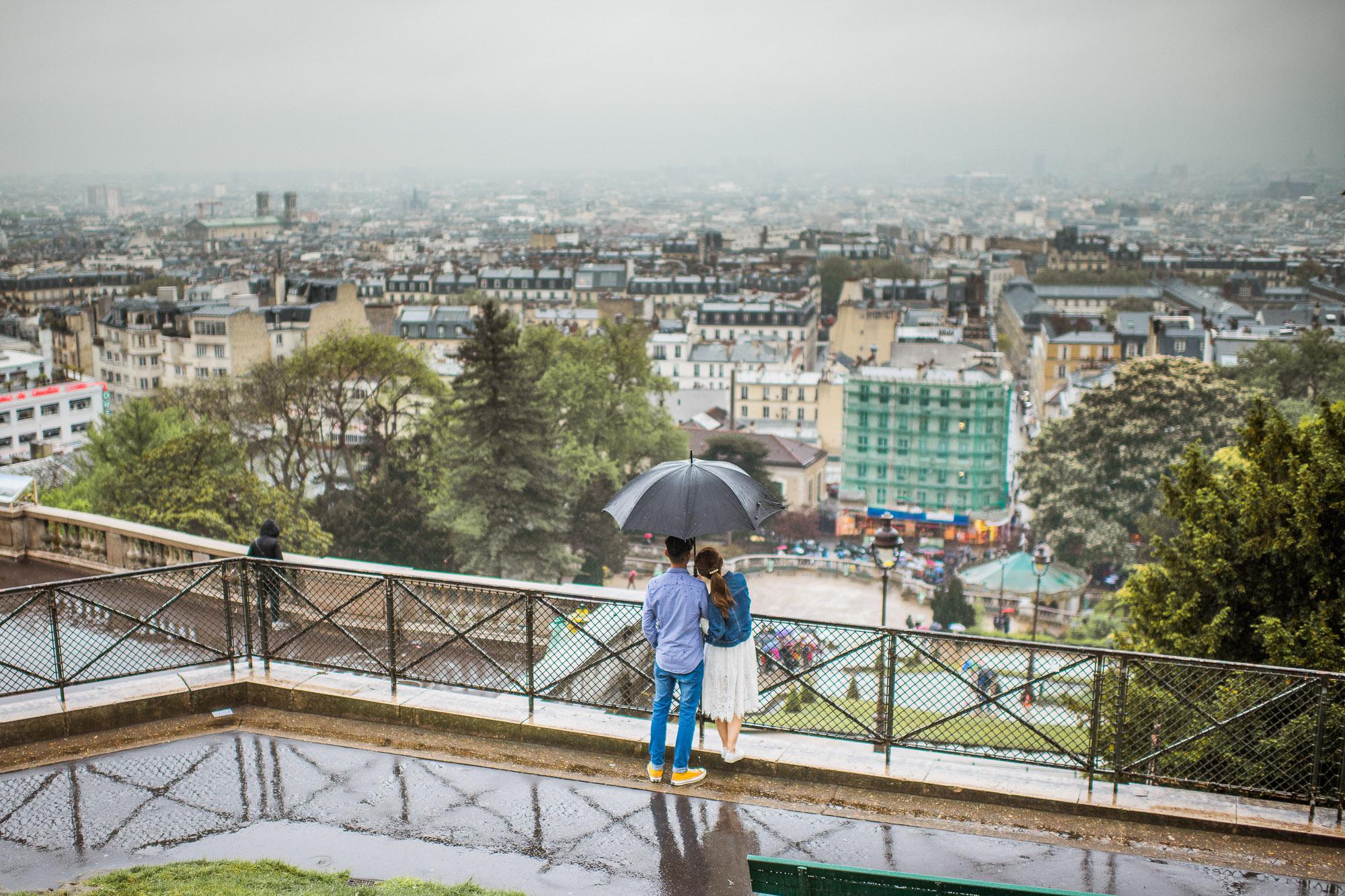 couples photo shoot in Paris