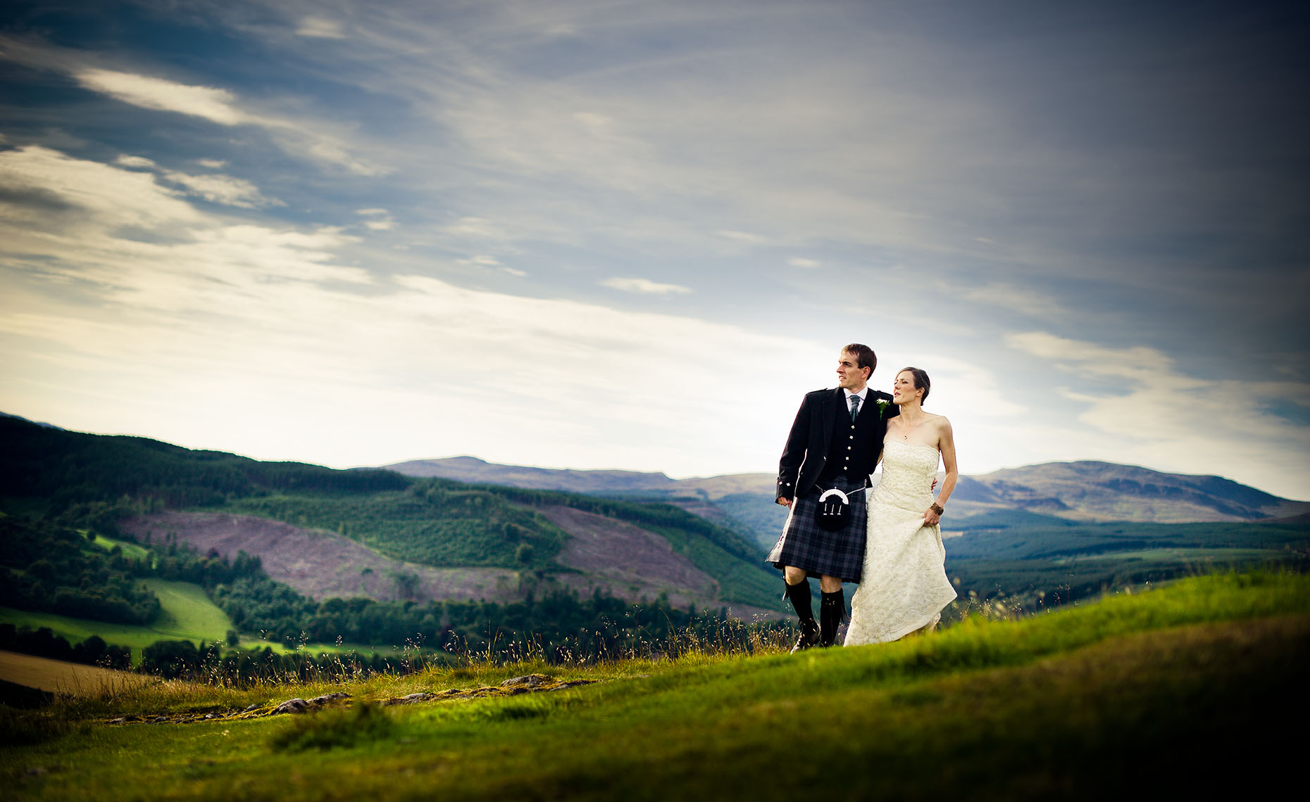 wedding photographer in Scotland