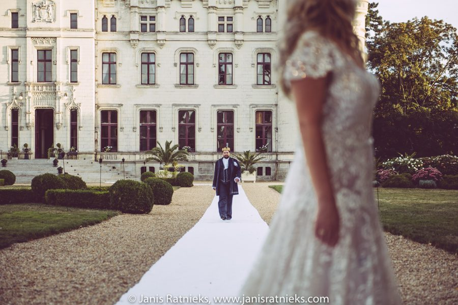 wedding photographers Loire Valley