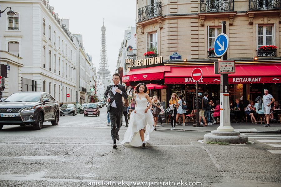 Paris pre wedding shoot