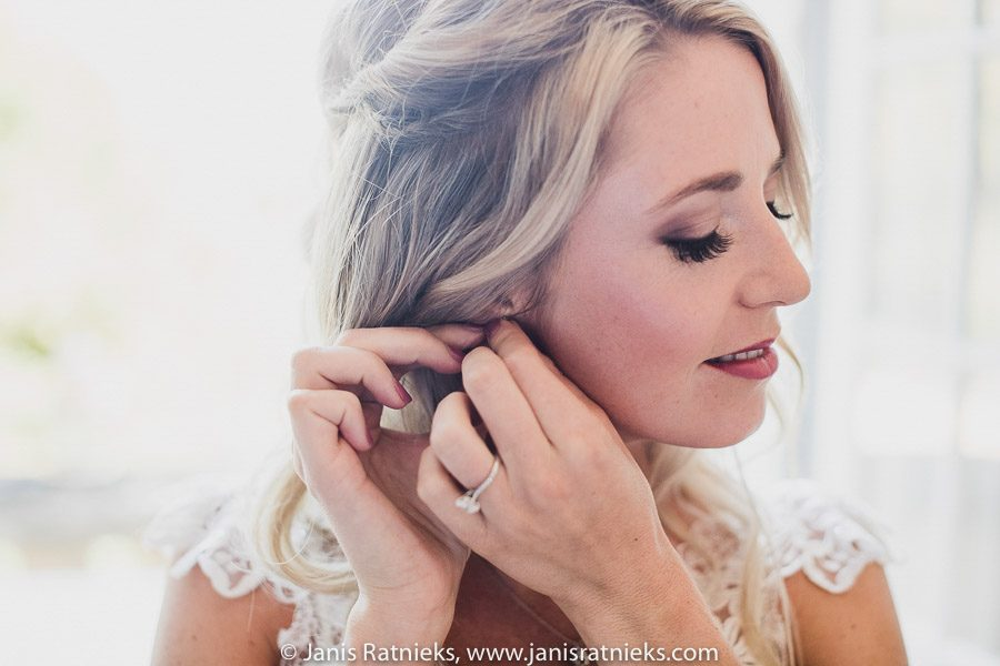 bride and earrings
