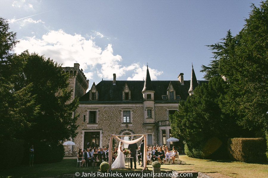 wedding venue in France Chateau de la Couronne