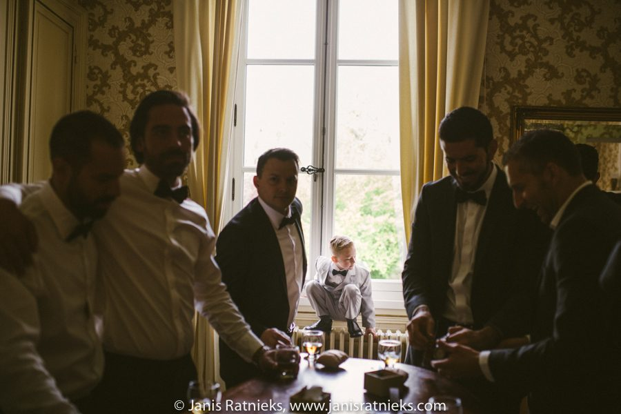guys preparing for the wedding ceremony