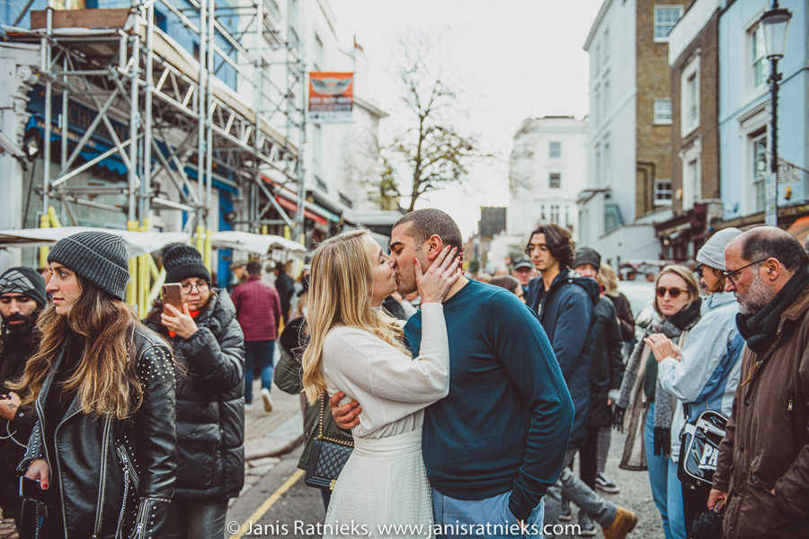 london engagement photoshoot