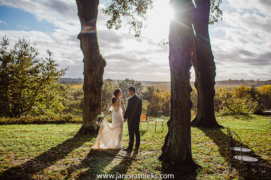 perfect autumn light during wedding in France