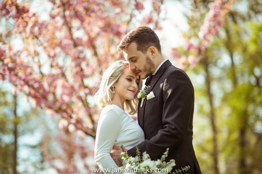 April wedding France