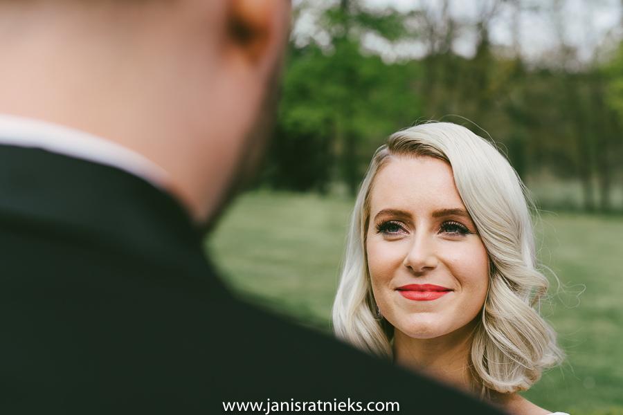 english speaking wedding photographer