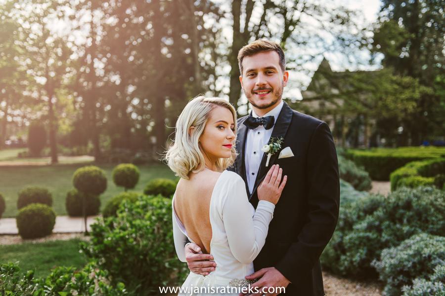 spring elopement photographer