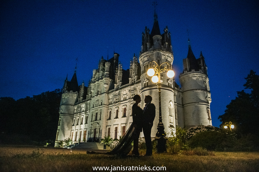 James Bond wedding chateau