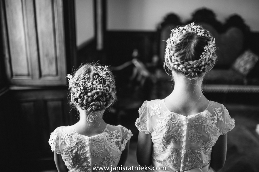 flower girls wedding photo