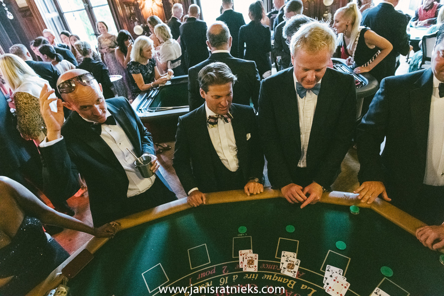 james bond casino wedding