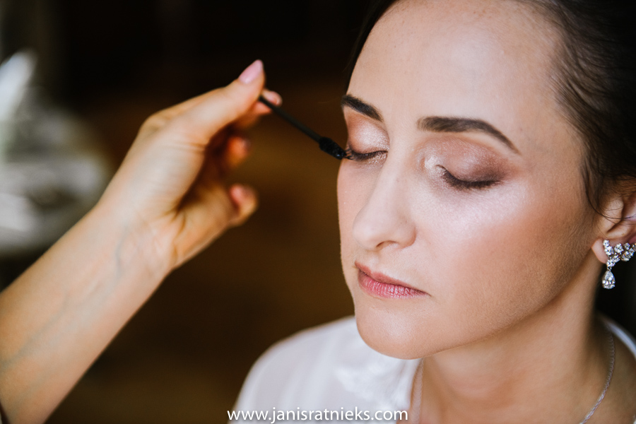 james bond wedding make up