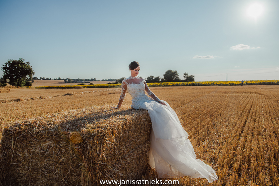 Loire valley wedding photographer