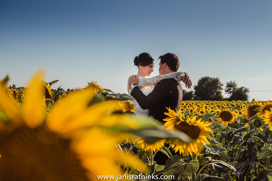 wedding photographer in Loire valley