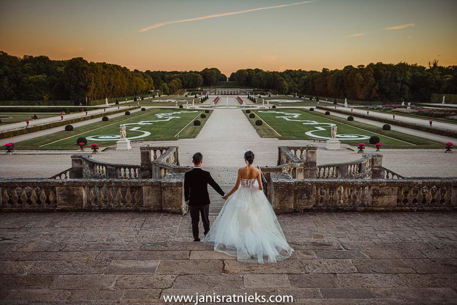 Château de Vaux-le-Vicomte garden wedding