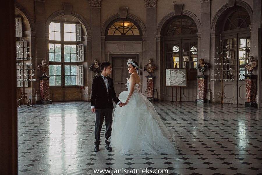 Château de Vaux-le-Vicomte luxury wedding