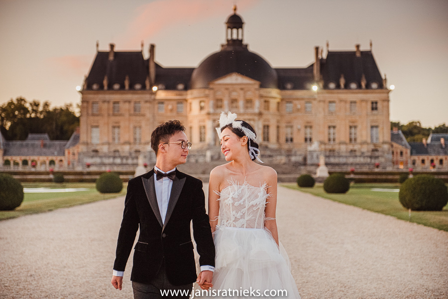 Château de Vaux-le-Vicomte pre wedding photos