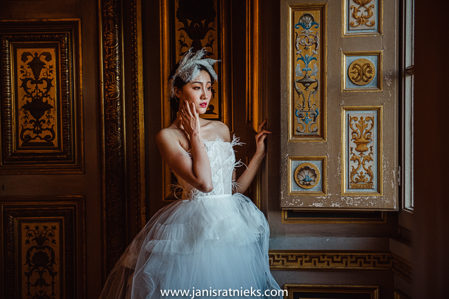 best wedding photographer Château de Vaux-le-Vicomte