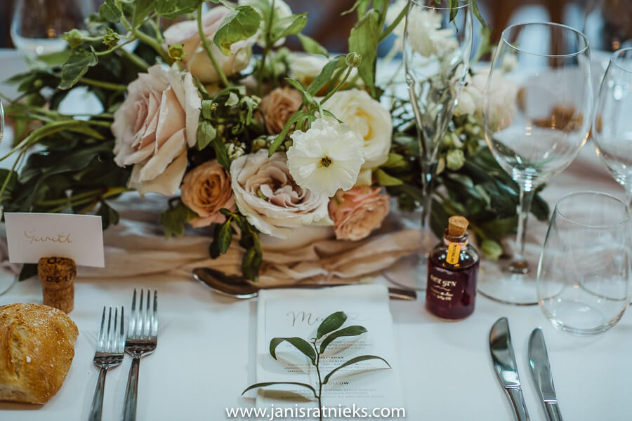 wedding table floral desing charente