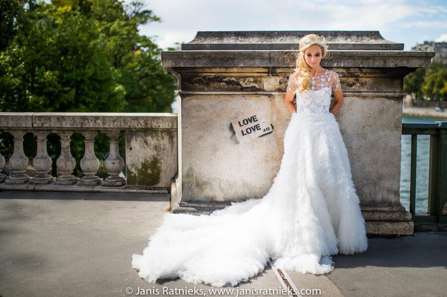 marchesa wedding dress in Paris