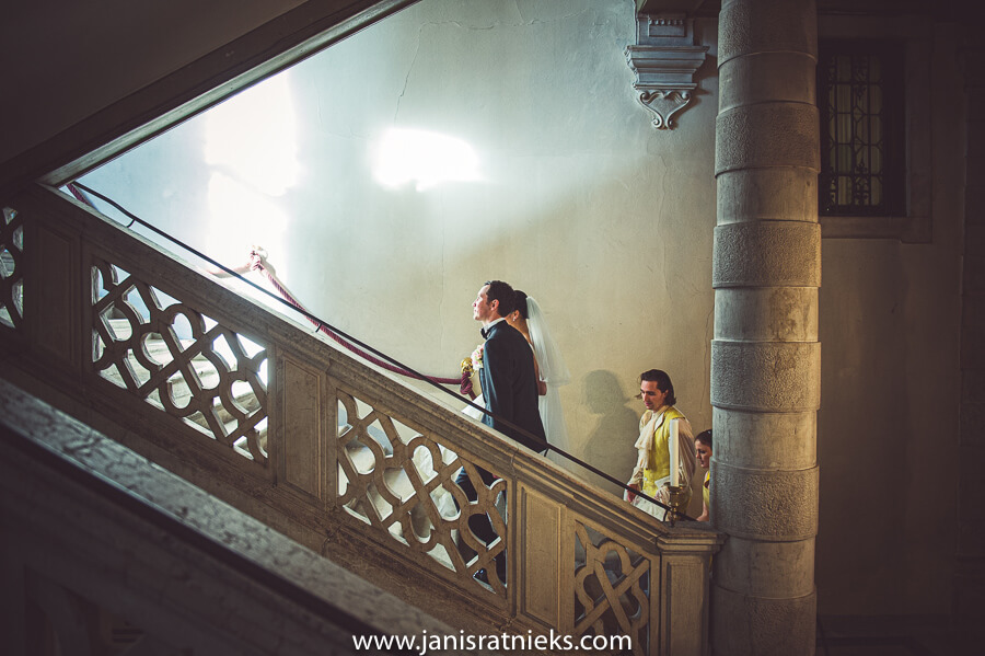 pisani moretta indoor wedding ceremony