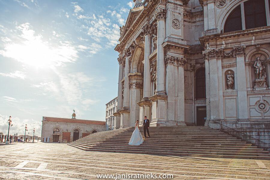 vibrant Venice wedding