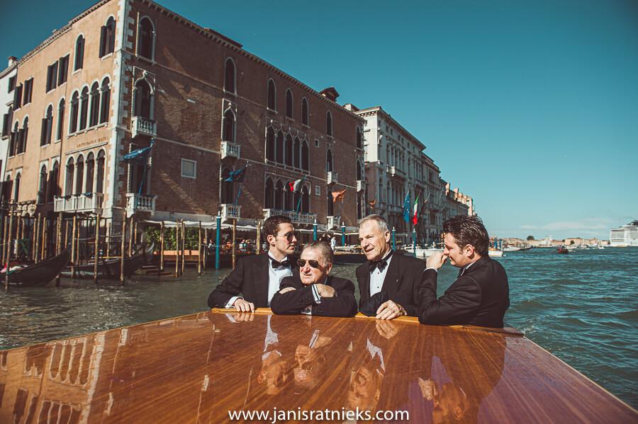wedding boat service