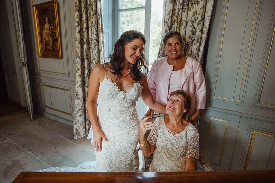 bride and mother photography
