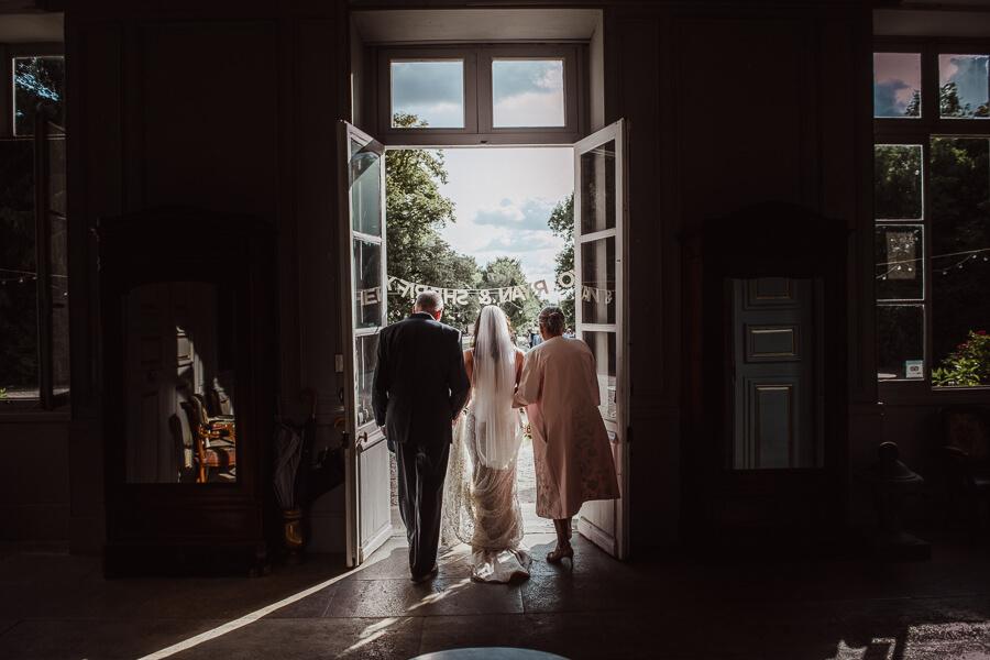small wedding ceremony