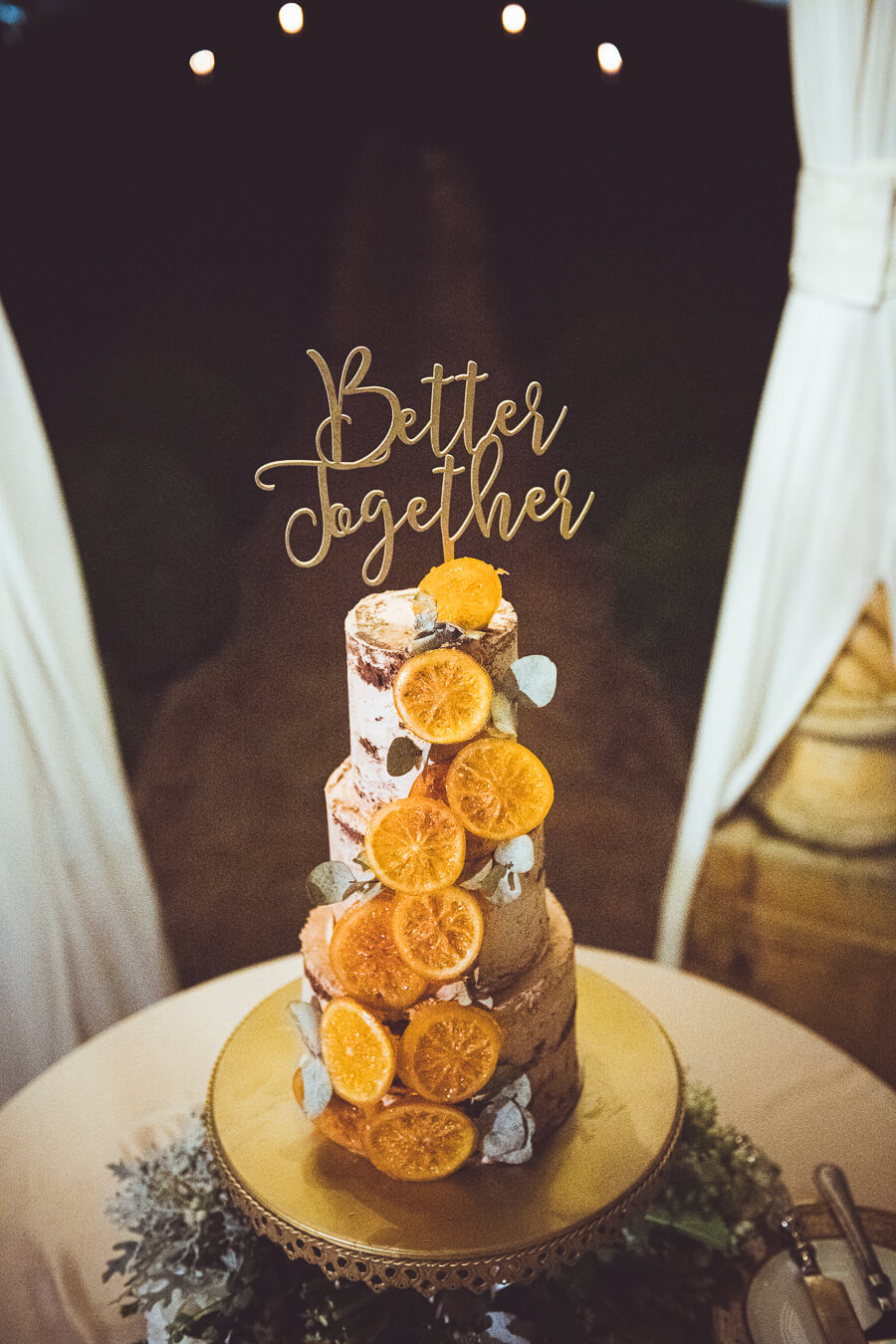 wedding cake with oranges