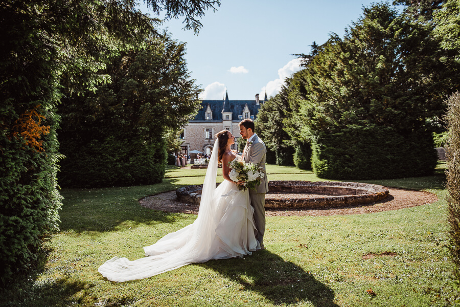 posed wedding photos